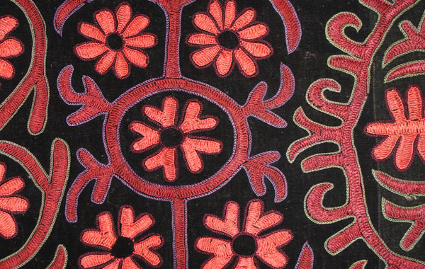 kirghiz embroidery